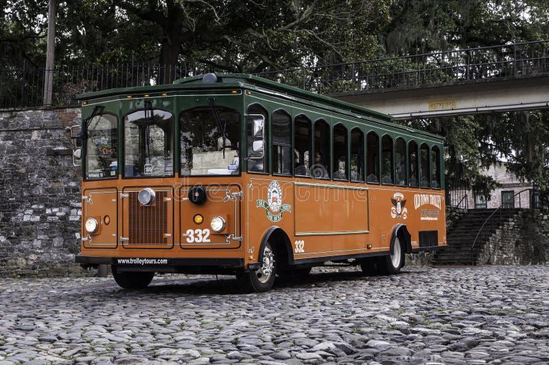 Savannah Georgia Trolley en distrito histórico foto de archivo libre de regalías