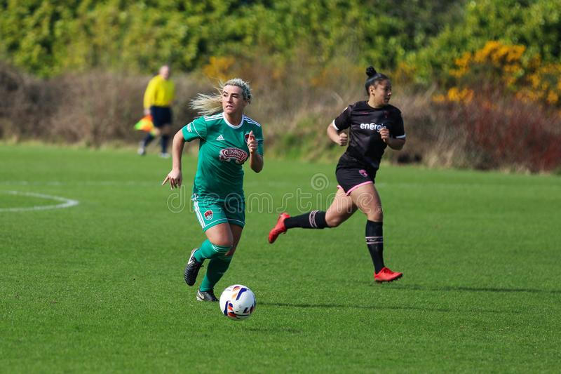 Savannah McCarthy pendant le match de ligue national des femmes entre les femmes de Cork City FC et le Wexford Youths photos libres de droits