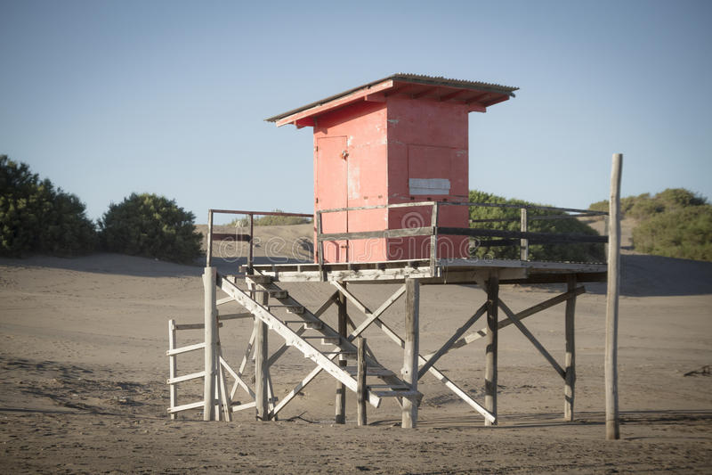 Saveguard пляжного домика стоковые изображения rf