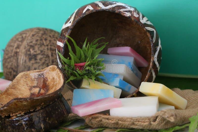 Savon assorti de noix de coco images stock