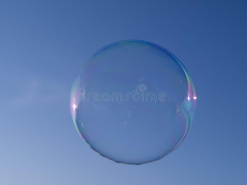 savon bleu de ciel de bulle image libre de droits