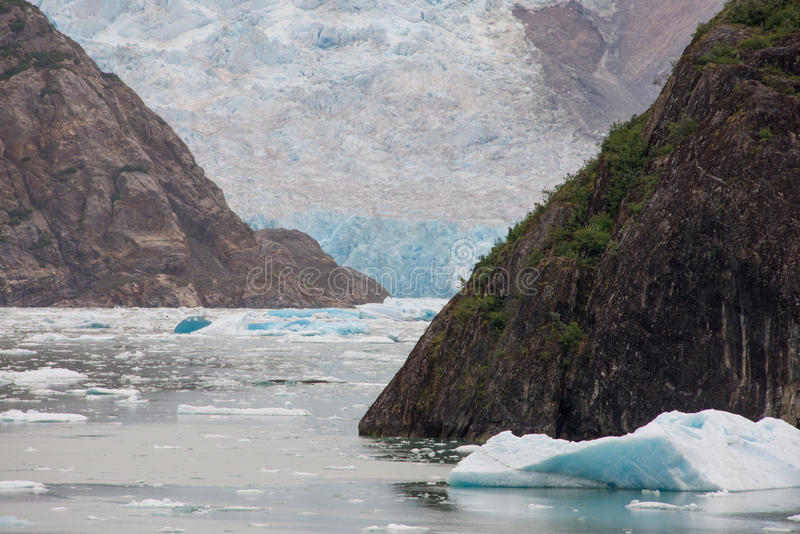 Sawyer Glacier på Tracy Arm, Alaska arkivbilder