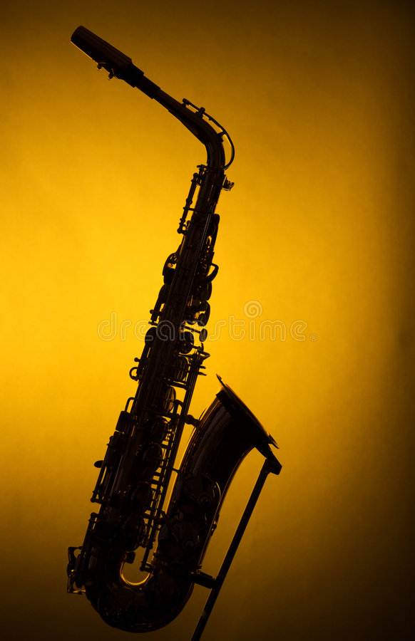 Download Saxofón Del Alto En Silueta En Amarillo Foto de archivo - Imagen de alto, instrumento: 7279326