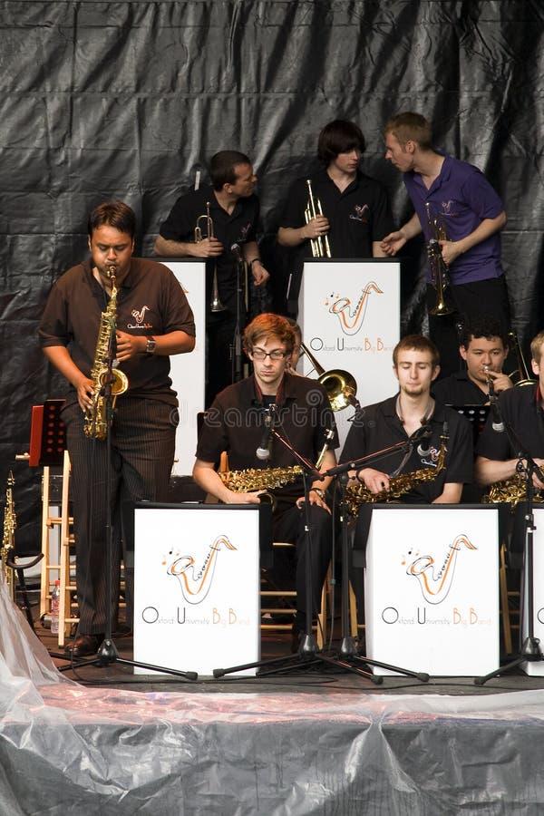Saxofoon solo stock afbeeldingen