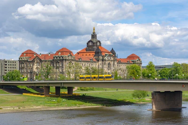 Saxon State Chancellery in Dresden, Tyskland arkivbild