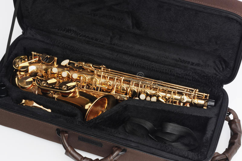 Saxophone σε ανοικτή περίπτωση στοκ εικόνες με δικαίωμα ελεύθερης χρήσης