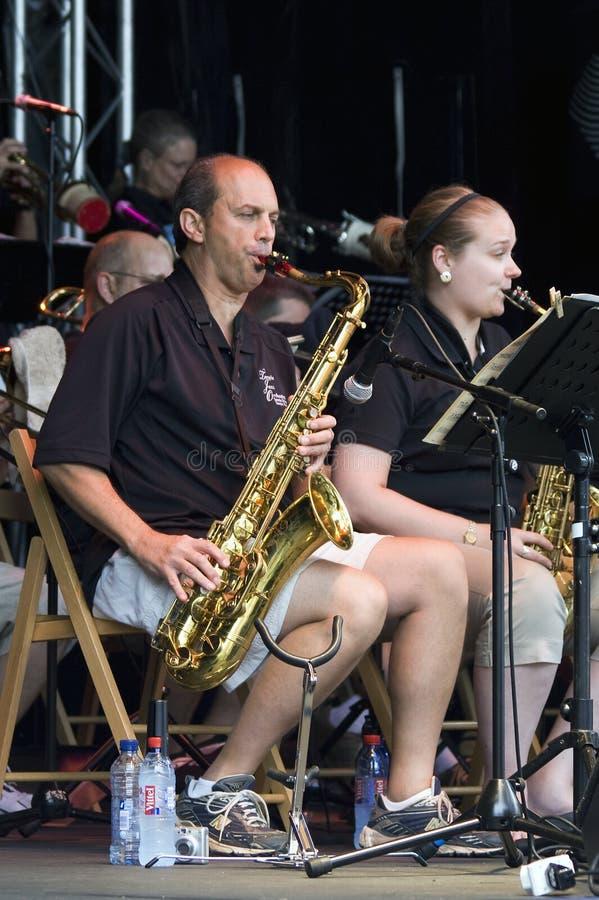Saxophone d'orchestre de jazz de temple photos libres de droits