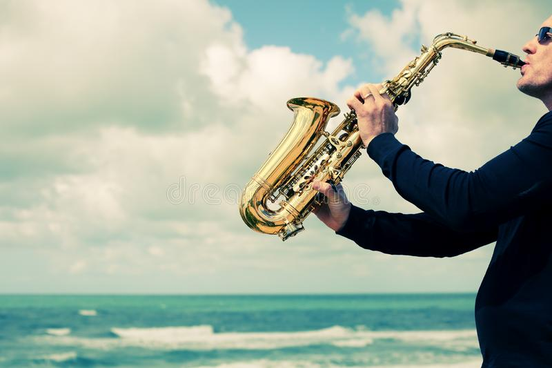 saxophonist fotografia de stock royalty free