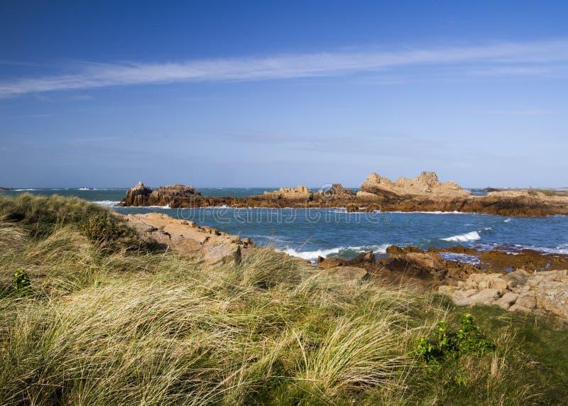 Scène côtière sur guernesey, Îles Anglo-Normandes images libres de droits