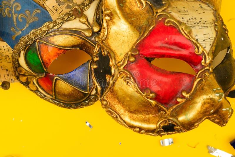 Scène colorée lumineuse de carnaval ou de partie photos stock