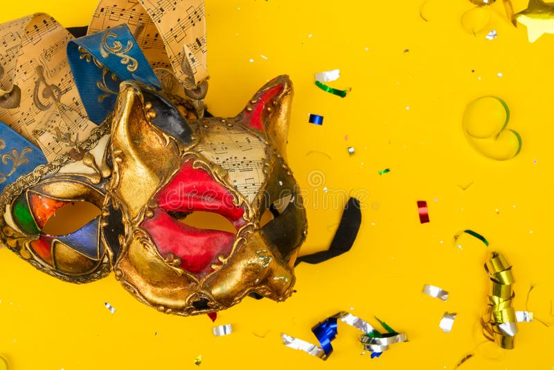 Scène colorée lumineuse de carnaval ou de partie images libres de droits