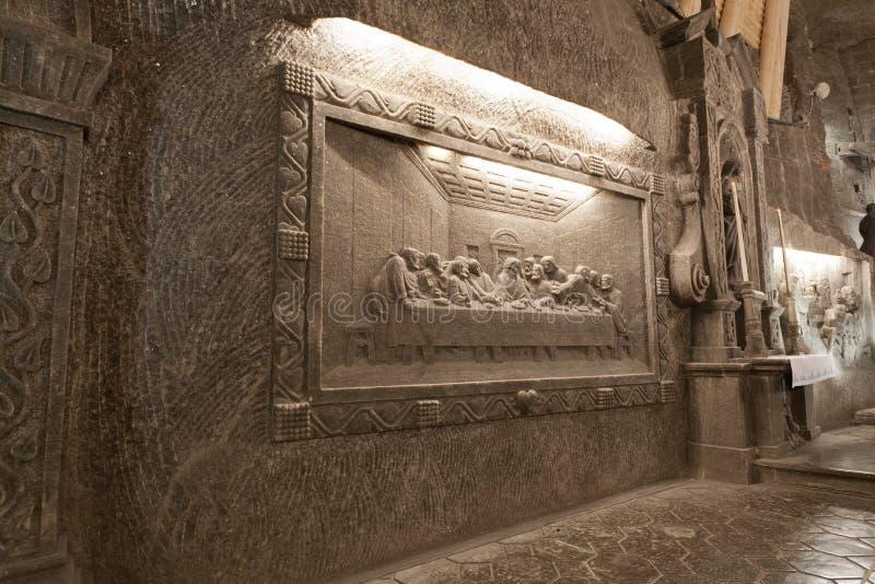 scène de la bible qui est coupée du sel Mine de sel de Wieliczka photographie stock libre de droits