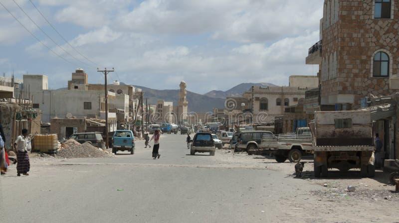 Scène de la route principale, personnes indigènes de socotran, Hadiboh, île de Socotra, Yémen, 2/18/14 photographie stock libre de droits