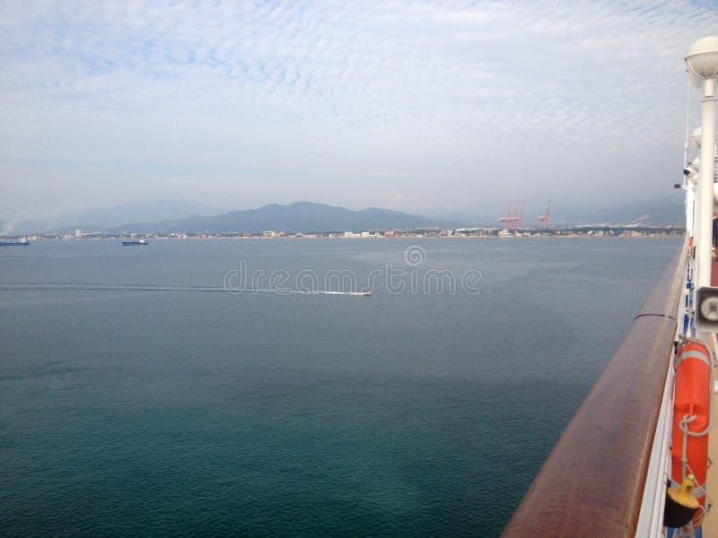 Scène de Manzanillo, Colima, Mexique d'un bateau de croisière photographie stock