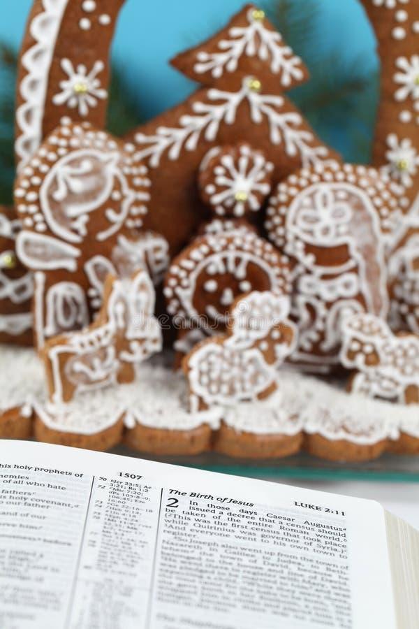 Scène de nativité de bible et de pain d'épice image libre de droits