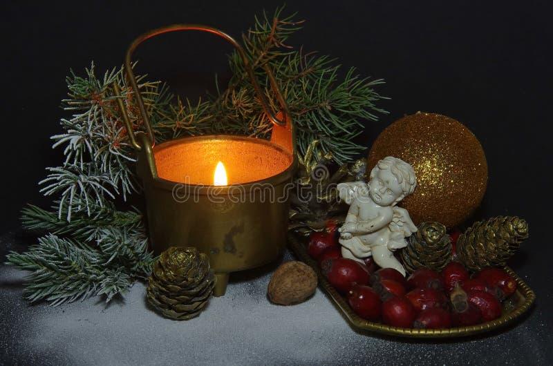Scène de Noël avec un ange images libres de droits