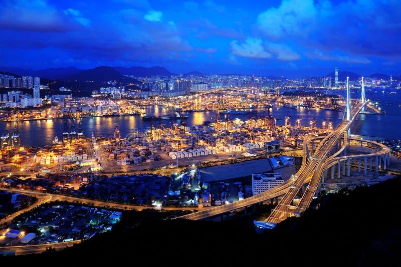 Scène de nuit de Hong Kong de terminal de conteneur photos stock