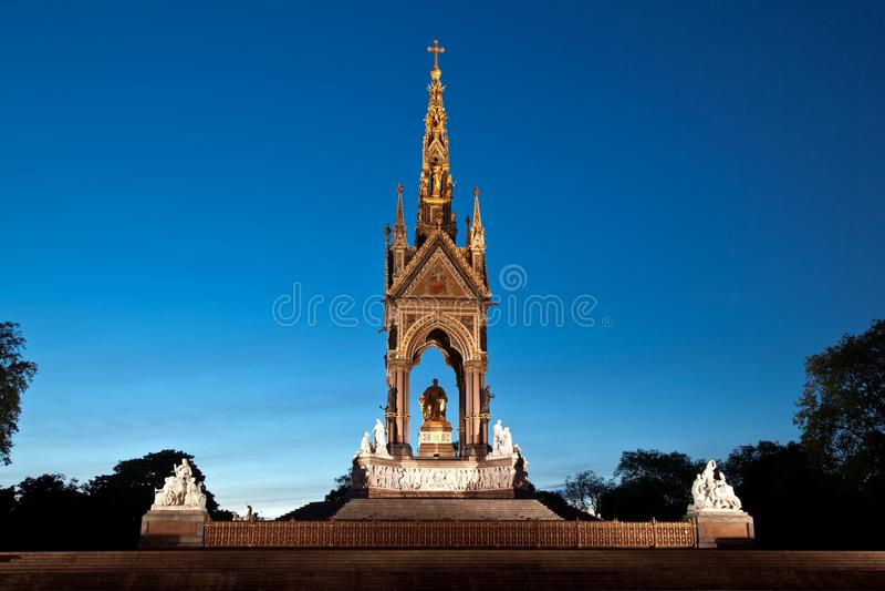 Scène de nuit de mémorial Londres de prince Albert images stock
