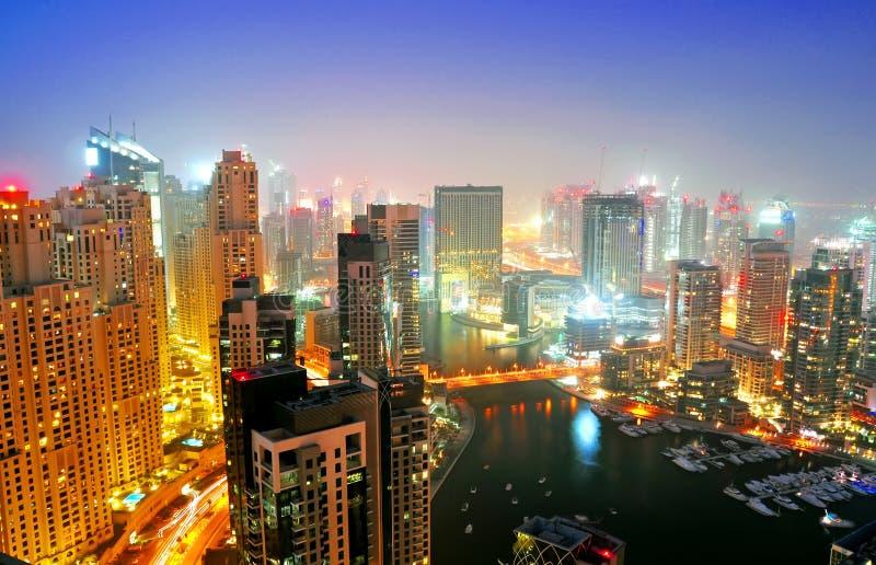 scène de nuit de marina de 6 Dubaï photographie stock libre de droits