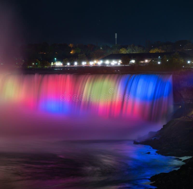 Scène de nuit des chutes du Niagara photographie stock