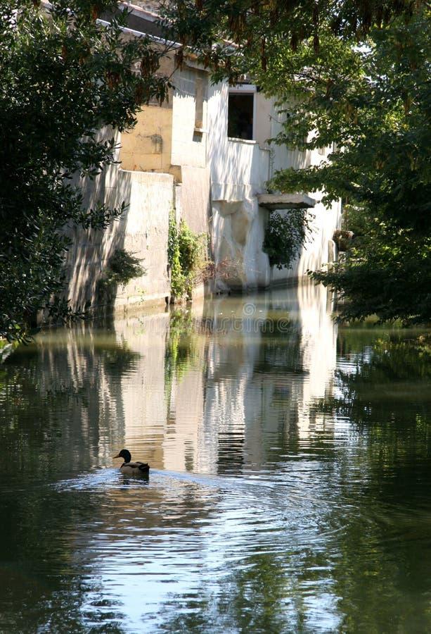 Scène de village en France image libre de droits