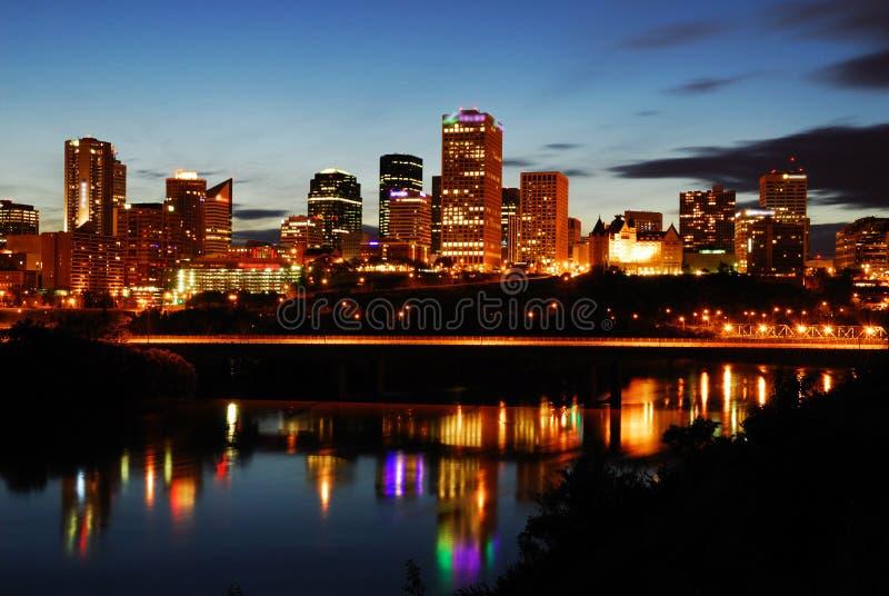 Scène du centre de nuit d'Edmonton image libre de droits