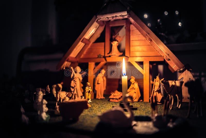 Scène et figurines de Manger de Noël photographie stock