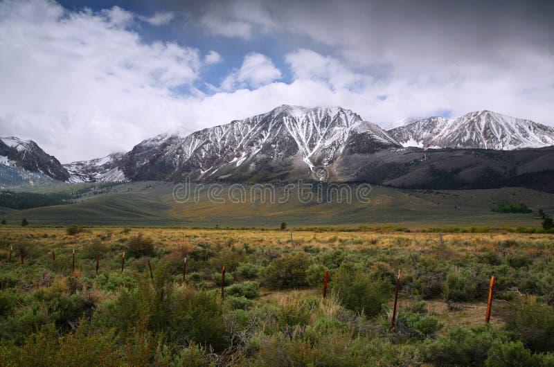 Scène excessive de montagne de source image libre de droits