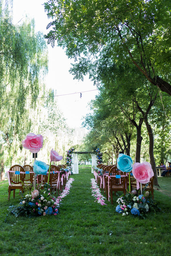 Scène extérieure de mariage photographie stock libre de droits