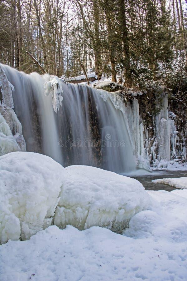 Scène glaciale aux automnes de Hoggs images libres de droits
