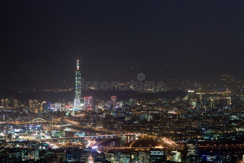 Scènes de nuit de la ville de Taïpeh, Taiwan photographie stock libre de droits