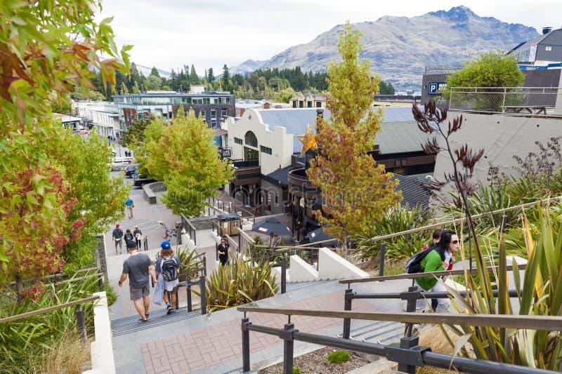 Scènes de rue et district des affaires de Queenstown, île du sud du Nouvelle-Zélande photos libres de droits