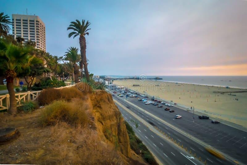 Scènes rond santa Monica Californië bij zonsondergang op vreedzame oceaan royalty-vrije stock foto