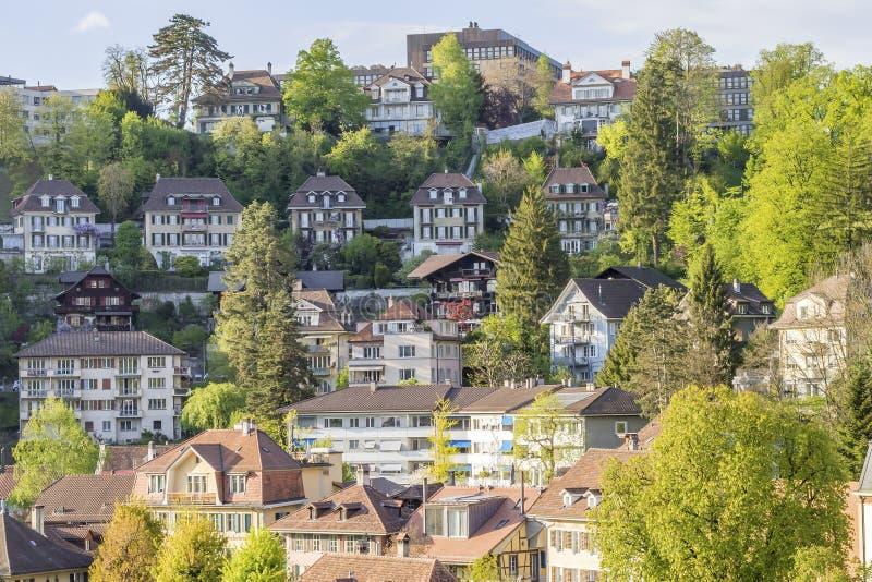 Scénique des bâtiments residental dans la ville de Berne photos stock