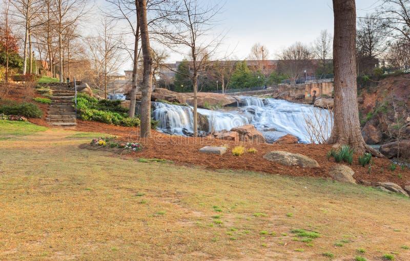SC de Reedy River Greenville South Carolina do parque das quedas fotografia de stock
