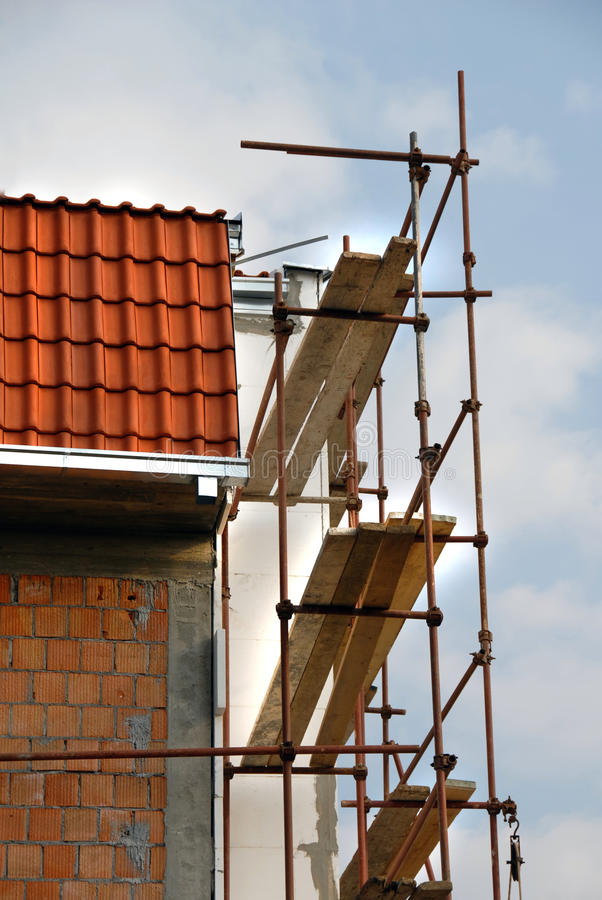 Free Scaffolding On Building Corner Stock Photo - 13941420