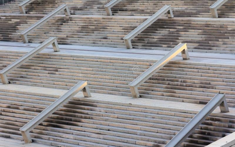 Scala del cemento, struttura in cemento armato all'aperto Indu della costruzione fotografia stock libera da diritti