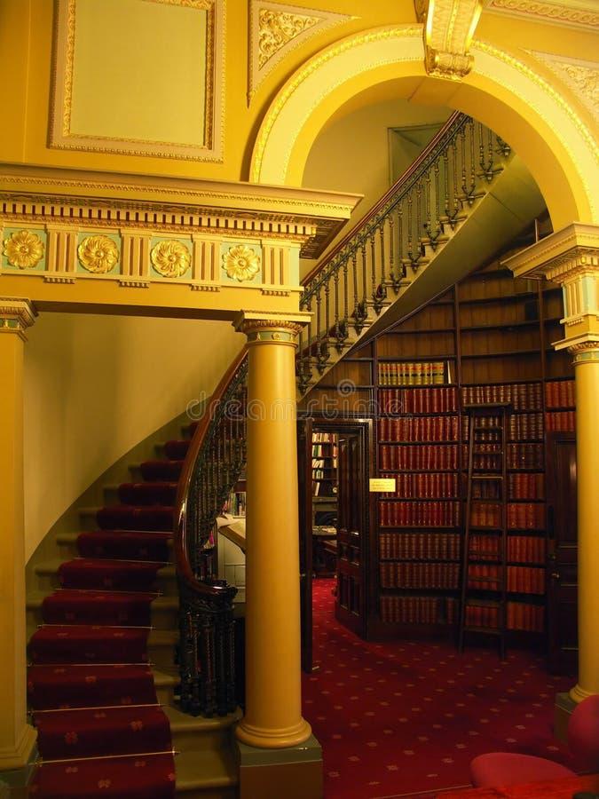 Scala delle biblioteche immagini stock libere da diritti