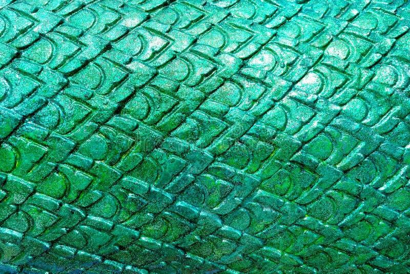 Scala verde del fondo della statua del naga fotografia stock libera da diritti