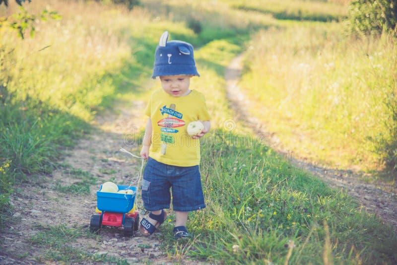 Scalata di Little Boy fotografie stock