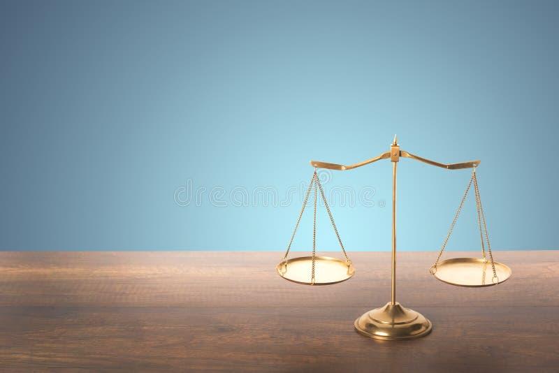 Scale dell'equilibrio fotografie stock