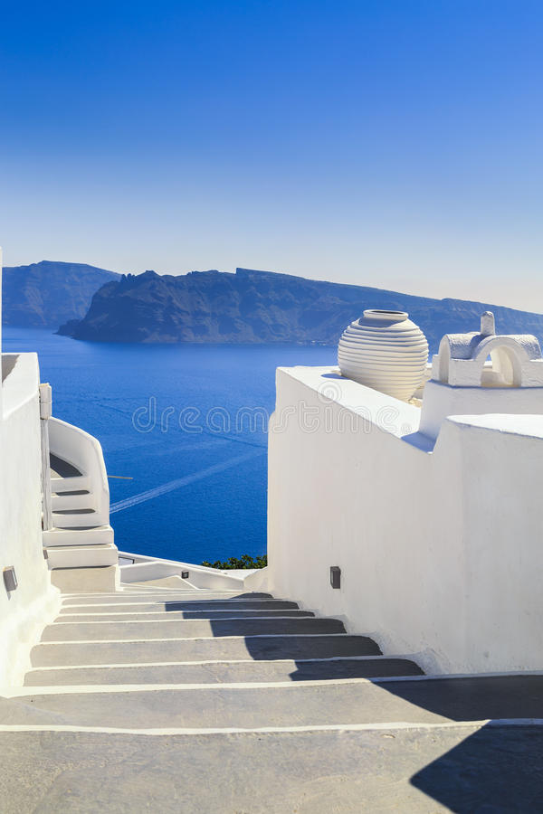 Scale, vista del mare dall'isola di Santorini, Grecia immagini stock