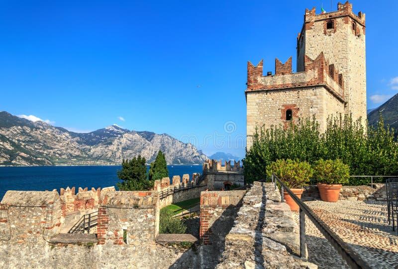 Scaligerkasteel op Garda-Meer royalty-vrije stock fotografie