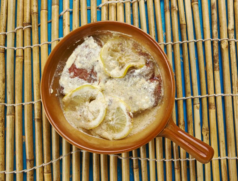 Scallopini телятины Piccata стоковые фотографии rf