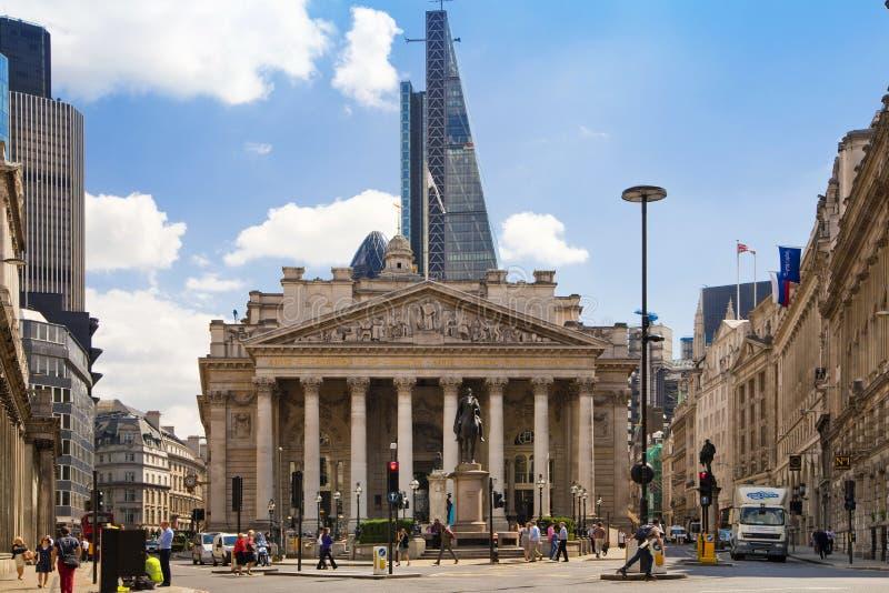 Scambio reale, banca di Inghilterra Quadrato e stazione della metropolitana immagini stock