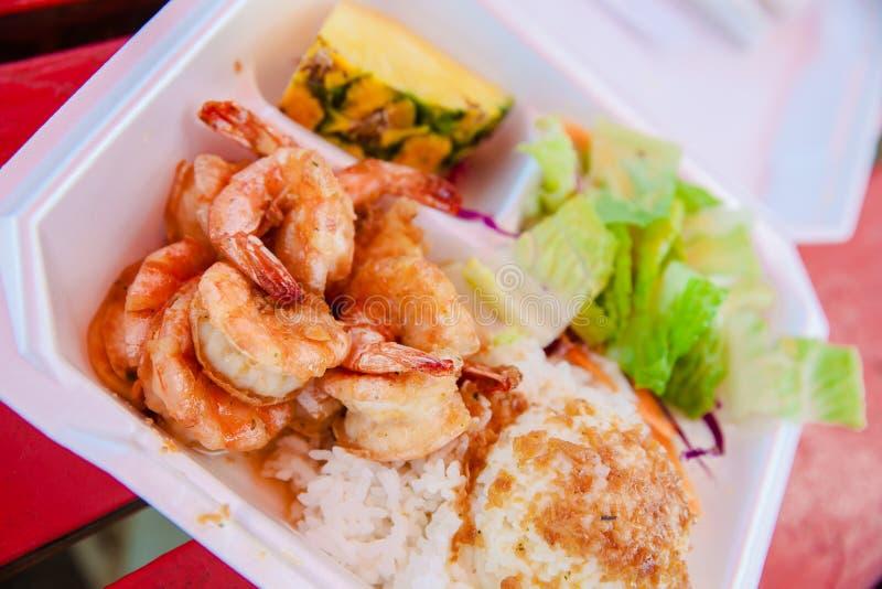 Scampi et riz de crevette d'Hawaï photographie stock libre de droits
