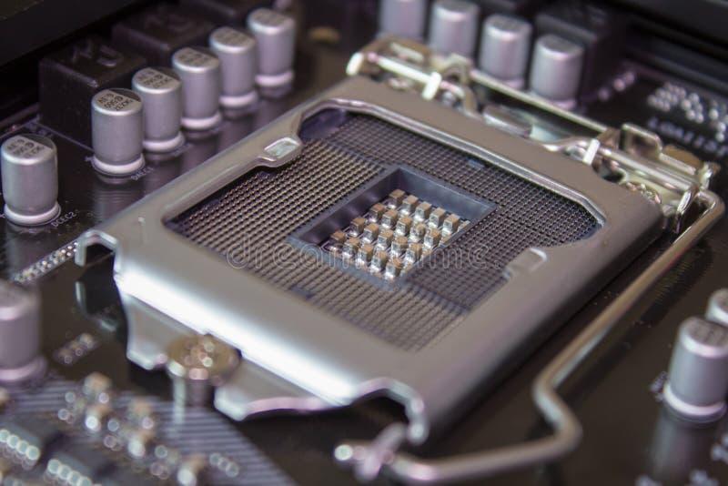 Scanalatura del CPU, incavo 1151 del CPU di Intel LGA sul PC del computer della scheda madre con l'unità di elaborazione del CPU fotografia stock