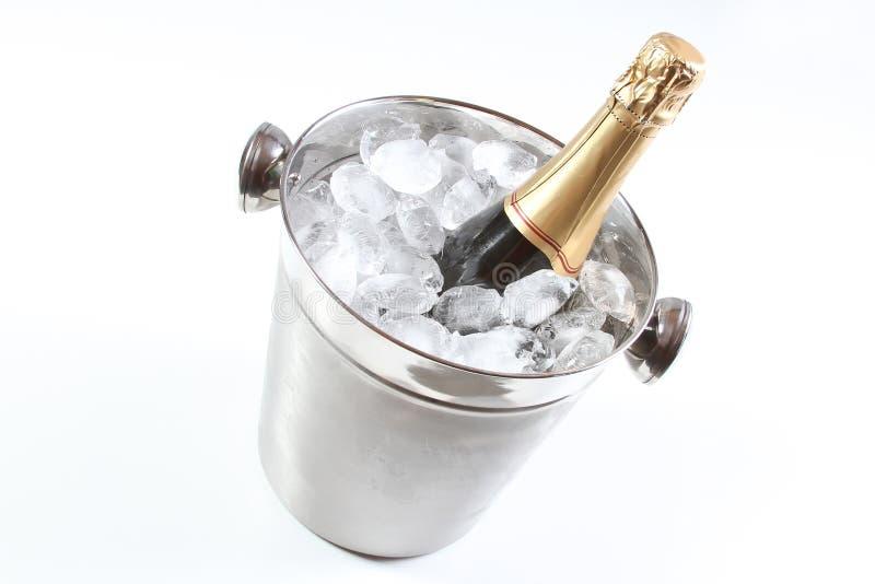 Scanalature di Champagne e benna di ghiaccio fotografia stock libera da diritti