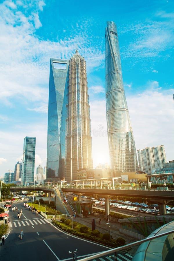 Scape города Шанхая во времени захода солнца Современная окружающая среда стоковое изображение