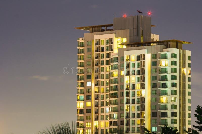 Scape da cidade da noite em Banguecoque imagem de stock royalty free